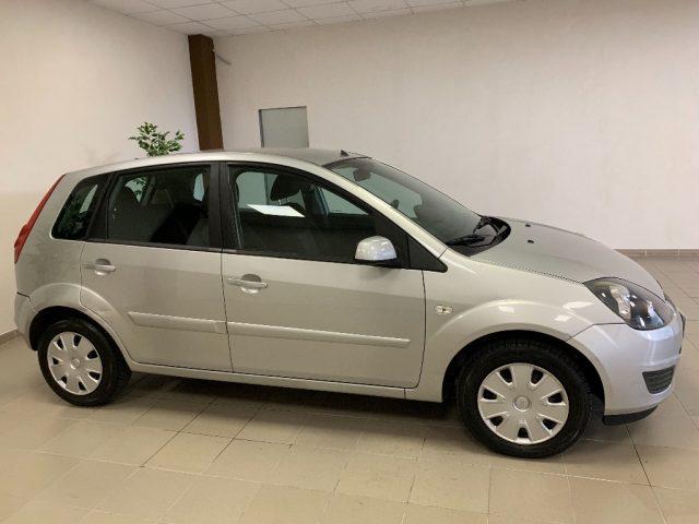 Ford Fiesta usata 1.4 TDCi 5p.68 CV ADATTA A NEOPATENTATI diesel Rif. 10956614