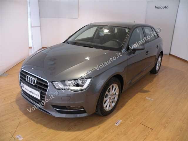 Audi A3 usata SPB 1.6 TDI clean diesel Attraction diesel Rif. 10960834