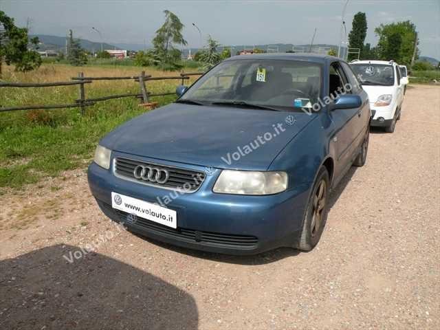 Audi A3 usata 1.8 T/180 CV cat 3p. Ambition a benzina Rif. 10960986