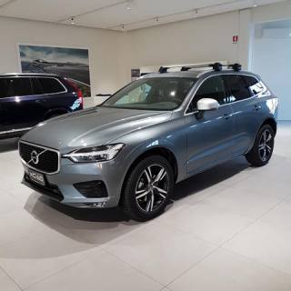 VOLVO XC60 XC 60 D4 AWD Geartronic R-Design Usata