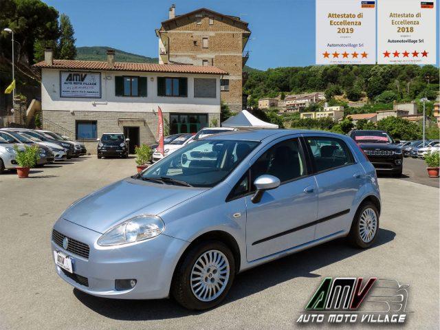 Fiat Grande Punto usata 1.2 Benzina 5p. UNIPROPR-OK NEOP-MP3-FENDI-RUOTINO a benzina Rif. 11089278