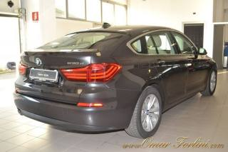 BMW 5er Gran Turismo 530 D XDRIVE LUXURY NAVI RADAR TEL CRUISE CAM FULL Usata