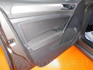 VOLKSWAGEN Golf Variant 1.6 TDI 110CV DSG Comfortline BlueMotion Tech Usata