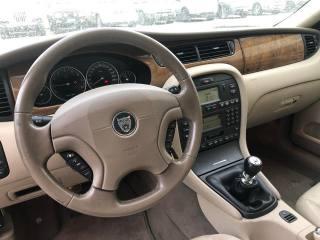 JAGUAR X-Type 2.5 V6 24V Cat Executive Usata