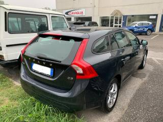 VOLVO V60 D3 Geartronic Business Usata