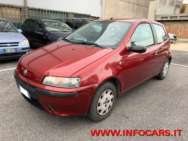 Fiat Punto usata 1.2i 60 CV 3 porte NEOPATENTATI a benzina Rif. 11508205