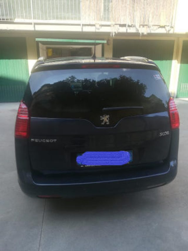 Immagine di PEUGEOT 5008 – 7 POSTI – 2.0 HDi 163CV AUTOMATICO-FULL OPTIONA