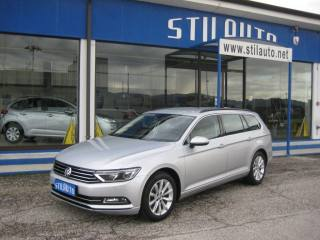 VOLKSWAGEN Passat Variant Businessline 2.0 TDI BlueMotion Technology Usata