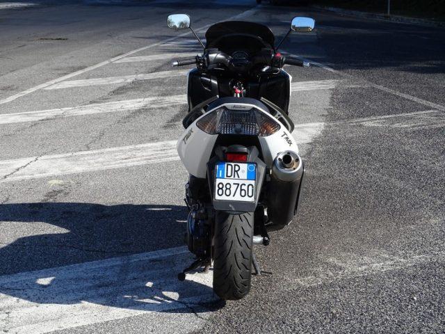 Immagine di YAMAHA T-Max 500 White MAX Dic. 2010 euro3