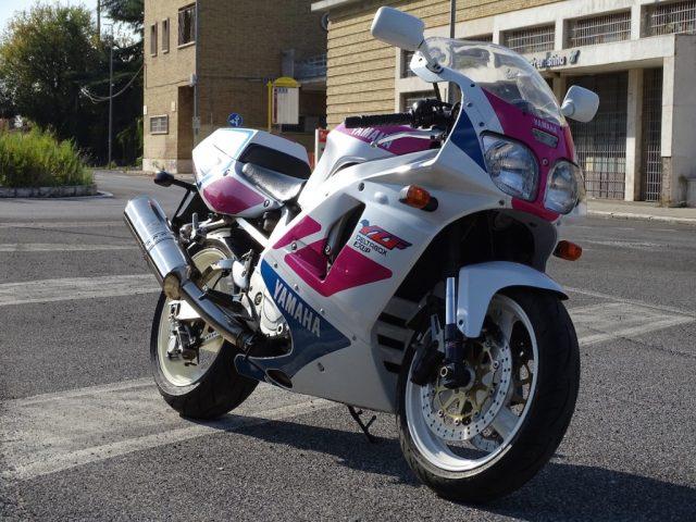 Immagine di YAMAHA YZF 750 R Completamente originale 1994