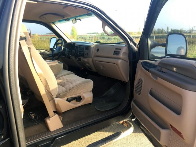 FORD F 250 XLT LONG BED V10 RWD