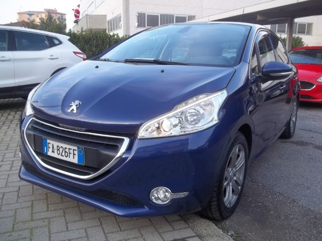 Peugeot 208 usata 1.4 8V HDi 68CV 5p. Allure.Auto per Neopatentati!! diesel Rif. 11699359