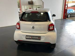 SMART ForFour 70 1.0 Youngster Usata