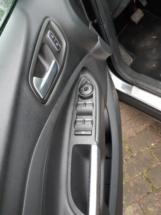 Ford kuga  - dettaglio 8