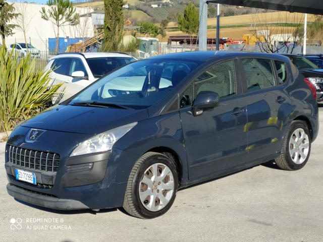 PEUGEOT 3008 1.6 HDi 110CV Business-NO GARANZIA-