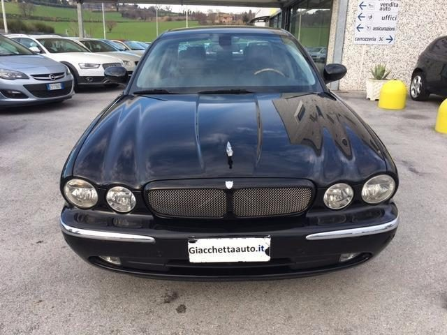 Immagine di JAGUAR XJ8 3.5 V8 cat-LIBRETTO SERVICE A BORDO-