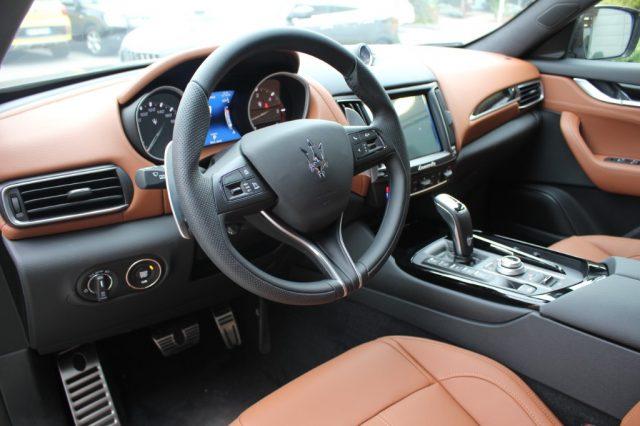 Immagine di MASERATI Levante V6 350 CV AWD Gransport MY20 *UFF. ITALIANA*