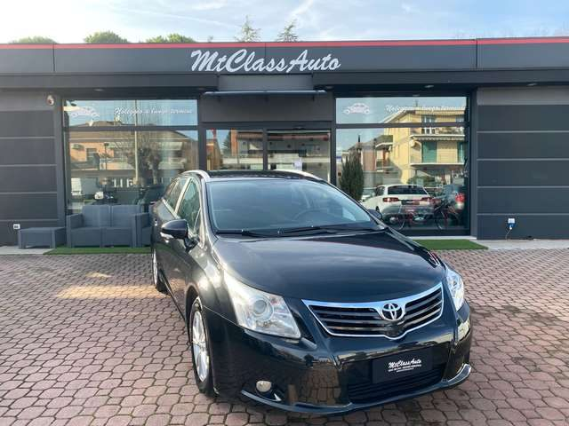 Immagine di TOYOTA Avensis 2.0 D-4D Wagon Executive