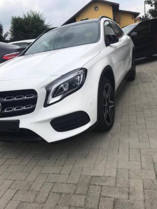 MERCEDES-BENZ GLA 220 D Executive AMG LINE *TETTO PANORAMICO* Usata