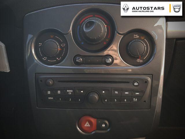 Immagine di RENAULT Clio 1.2 16V 5 porte 20th Anniversario