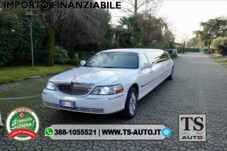 LINCOLN Town Car LINCOLN Town Car Tiffany 2009, 20.000km Usata