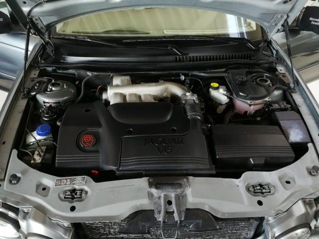 Immagine di JAGUAR X-Type 2.5 V6 24V cat