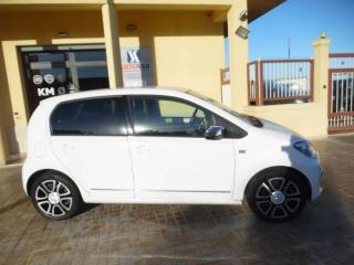 VOLKSWAGEN Up! 1.0 75 CV 5 Porte High Up! Usata