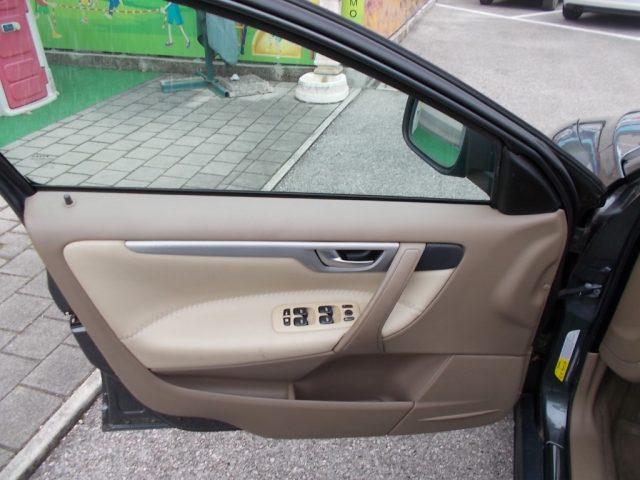 Immagine di VOLVO XC70 2.4 D5 20V (185CV) cat AWD Summum