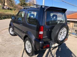 SUZUKI Jimny 1.3i 16V Cat 4WD JLX Usata