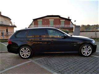 BMW 320 D XDrive Touring Futura BI-XENON NAVIGATORE Usata