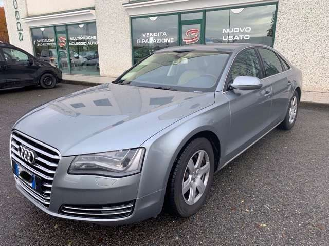 AUDI A8 4.2 V8 FSI quattro tiptronic – full full optional