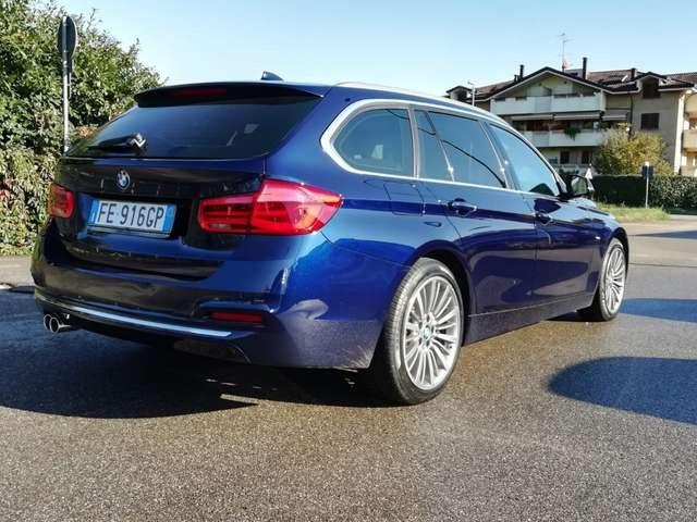 Immagine di BMW 335 xDrive Touring Luxury cerchi 18 allestimento M
