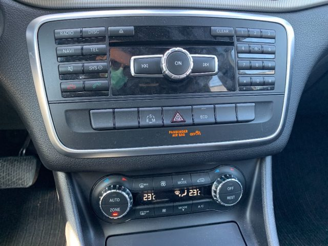 Immagine di MERCEDES-BENZ GLA 220 CDI Auto Sport Italiana UniPro Navi-Pelle-Telecame