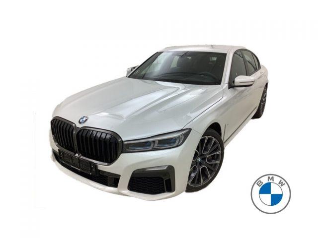 BMW 750 i xDrive Usato