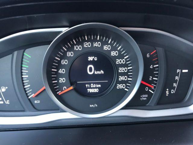 Immagine di VOLVO XC60 D4 AWD Geartronic Business – PREZZO PROMO !