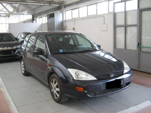 FORD Focus 1.8 TDDi cat 5p. Zetec