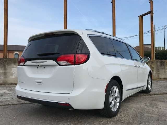 Immagine di CHRYSLER Pacifica Touring