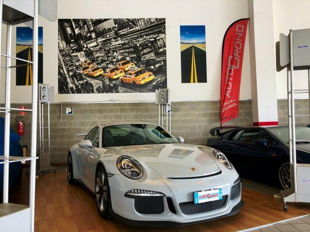 PORSCHE 911 3.8 GT3 UFFICIALE ITALIANA