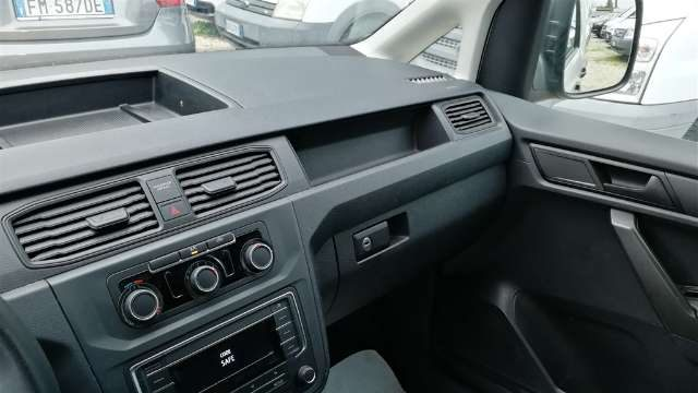 """Immagine di VOLKSWAGEN Caddy 1.4 TGI Van BMT """"IVA ESCLUSA"""""""