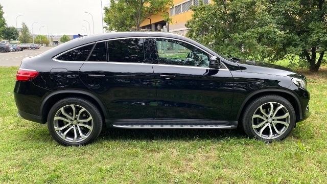 Immagine di MERCEDES-BENZ GLE 350 d 4Matic Exclusive Plus PARI AL NUOVO!!!