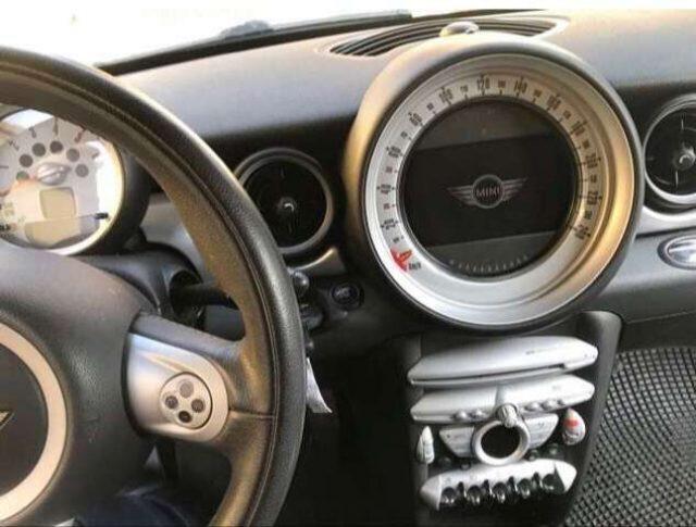 Immagine di MINI Cooper SE Countryman Mini 1.6 16V Pepper Navigatore