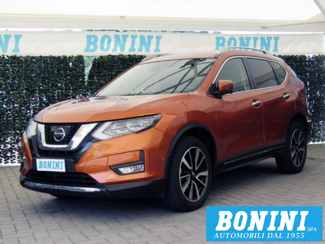 NISSAN X-Trail Orange metallizzato