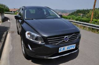 VOLVO XC60 D4 AWD Geartronic Kinetic Aut. Usata