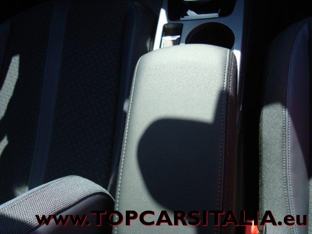 Immagine di PEUGEOT 2008 130CV AUTOMATICO – ALLURE – NAVI PACK – 33% SCONTO