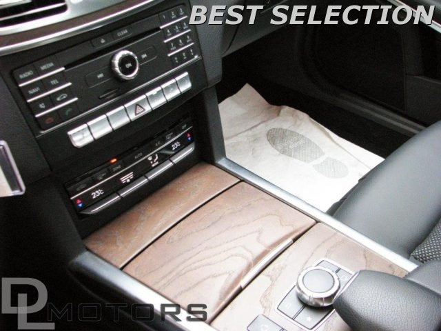 Immagine di MERCEDES-BENZ E 200 BlueTEC Automatic Sport +LED+NAVI+PDC