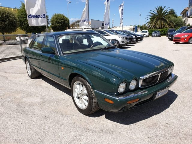 JAGUAR XJ 3.2 cat Executive