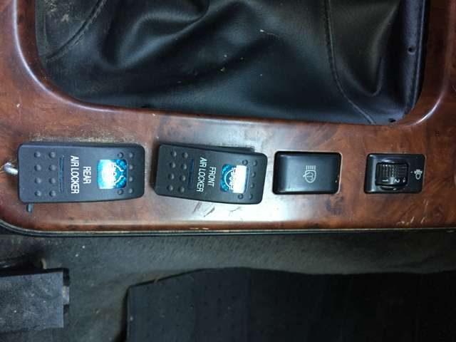 Immagine di NISSAN Patrol 3.0 TD Di 3 porte SE Hard Top
