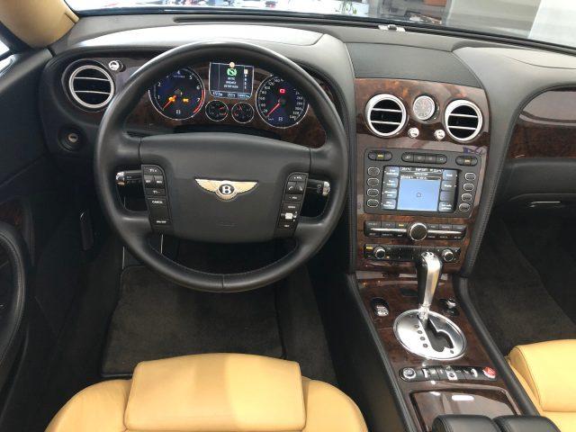 Immagine di BENTLEY Continental GTC V12 perfetta, tagliandata, full opt.