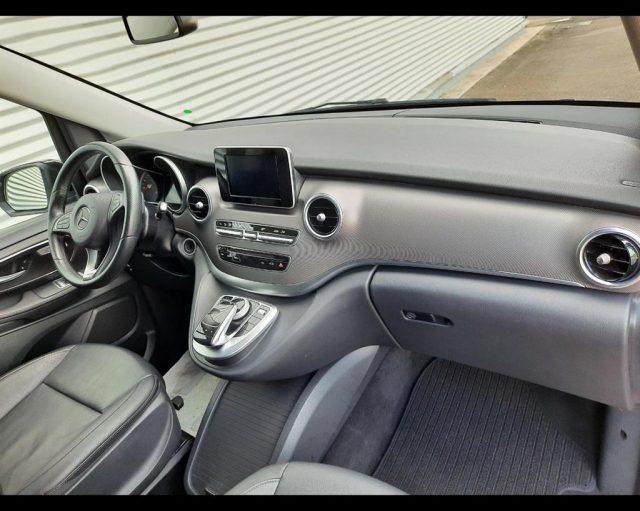 Immagine di MERCEDES-BENZ V 220 V220 d Premium Extralong Extra Long