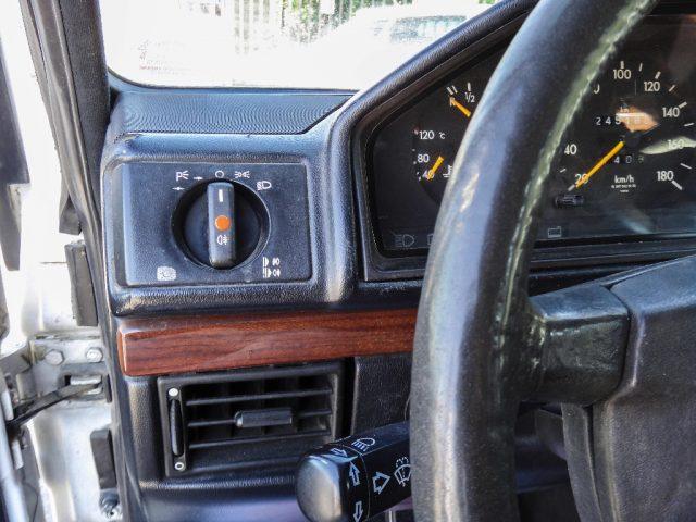 """Immagine di MERCEDES-BENZ G 250 D """"463"""" Lungo SW 4X4 con GANCIO DI TRAINO"""